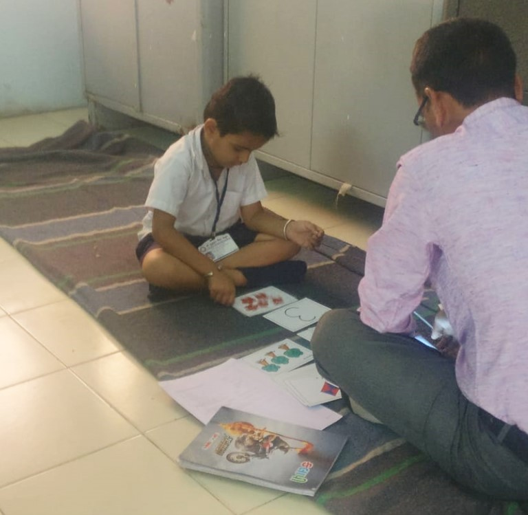 Student assessment being conducted in Gujarat as part of the post-SRP program evaluation